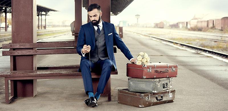 abc32df99b Garnitur czy smoking - co wybrać na ślub w 2019 roku  Przegląd modnych  garniturów do ślubu.